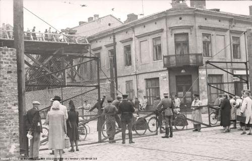 3-3 ghetto Warsaw