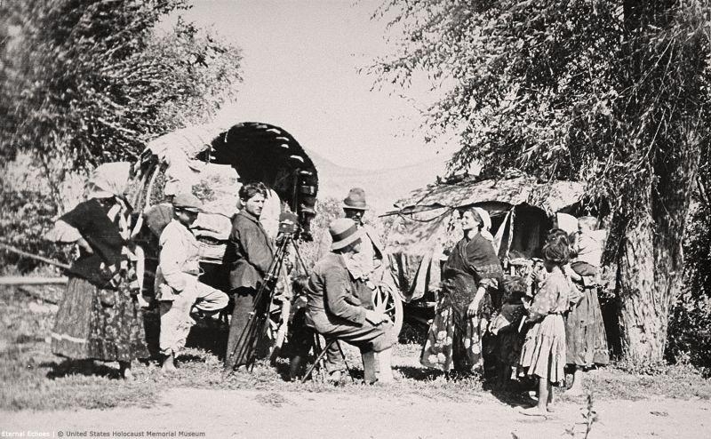 nomadic-roma