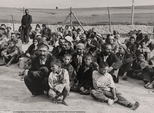 gypzy-prisoners-belzec-concentration-camp