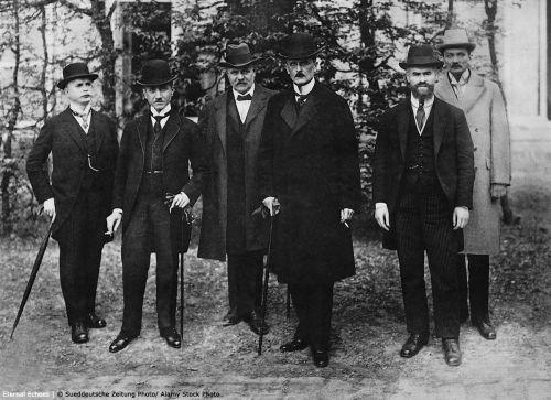 3-1 German delegation Versailles